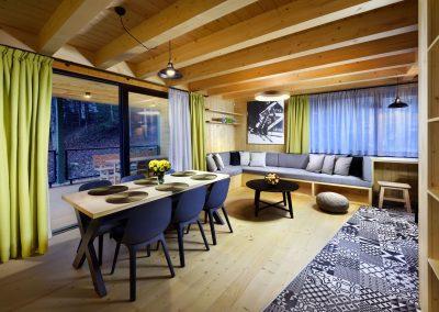 Žltá Vydra spoločenská miestnosť jedáleň