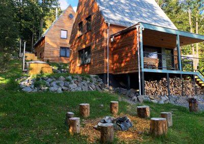 Ohnisko chata zelená vydra